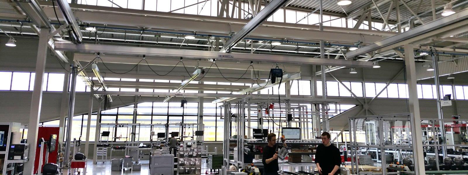 Poutre roulante aluminium ATS Group, Appalette Tourtellier Systèmes, ATS Conveyors India, HERO Fördertechnik, installée chez Endress & Hauser en France